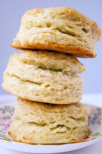 flakey buttermilk biscuits.jpg