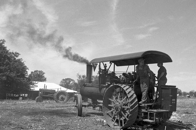 Steam and Gas Tractors - c-Photograpth in place.jpg